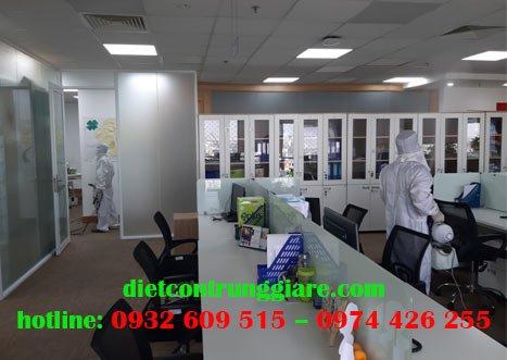 Dịch vụ khử trùng văn phòng tại Quận 3